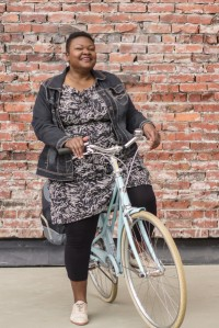 Cecily3_Vancouver_Cycle_Chic_Le_Velo_Victoria_grande